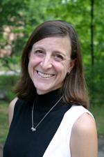 Seniors pick Pagliaro as outstanding professor