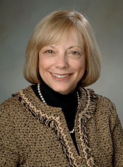 Work & family: Schneider presents findings on American multi-tasking