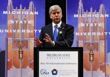 Michigan Gov. Snyder praises MSU, iNet for school reform efforts